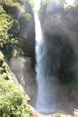 cascade-machay-baños-tout-equateur