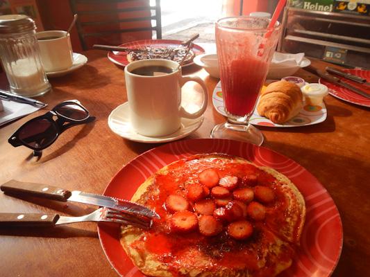 pancake-fraise-blah-blah-baños-tout-equateur