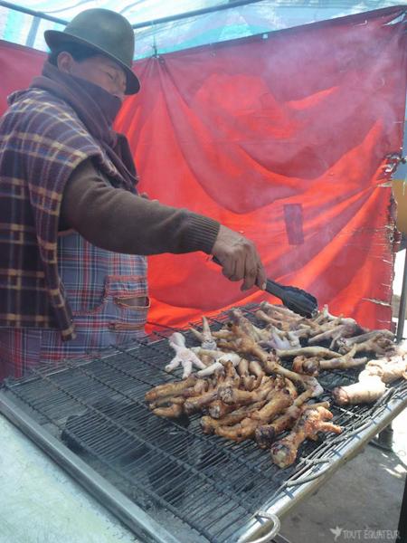 barbecue-marché-de-saquisili-tout-equateur