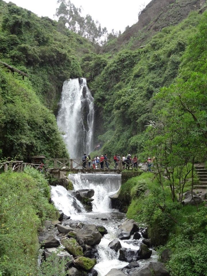 Cascada de Peguche 2