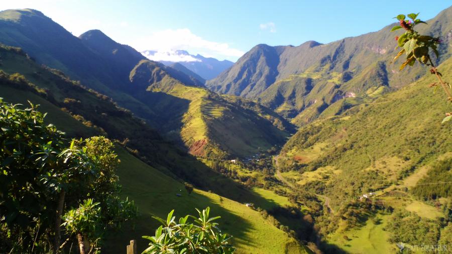 3'-paysage-vallée-tout-équateur