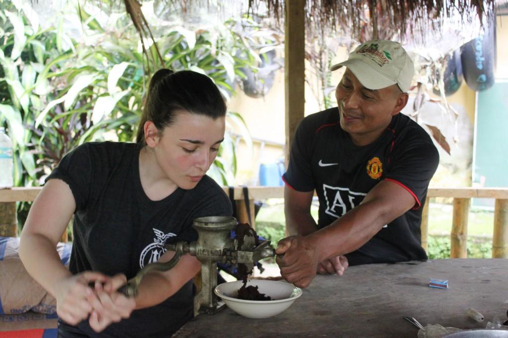 De huile de coude pour moudre les graines de cacao!