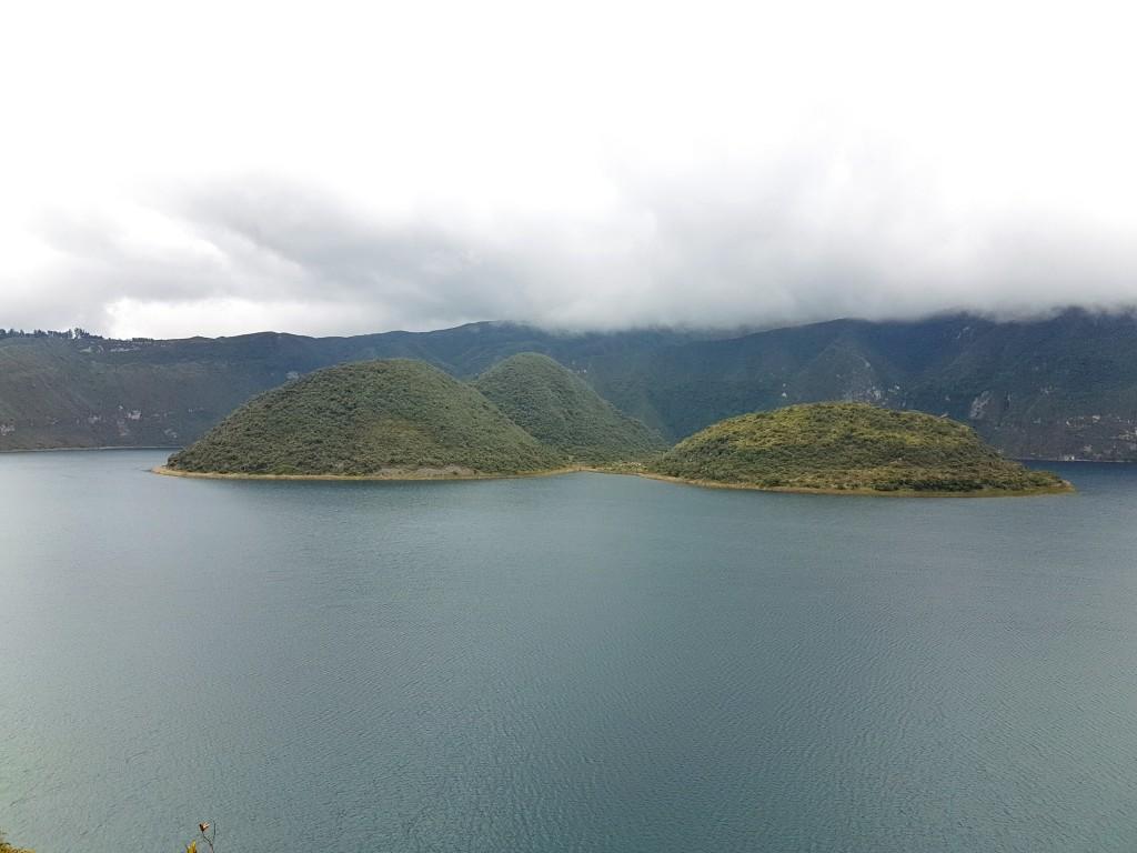 Lagune de Cuicocha 1 - Valerie Florval