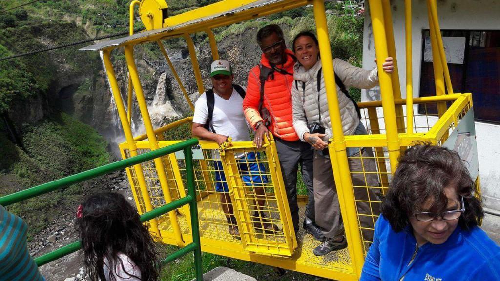 Banos Ruta de las Cascadas 2 - Valerie Florval