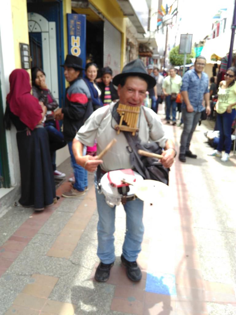 Mélanie Thiess - Quito Musicien