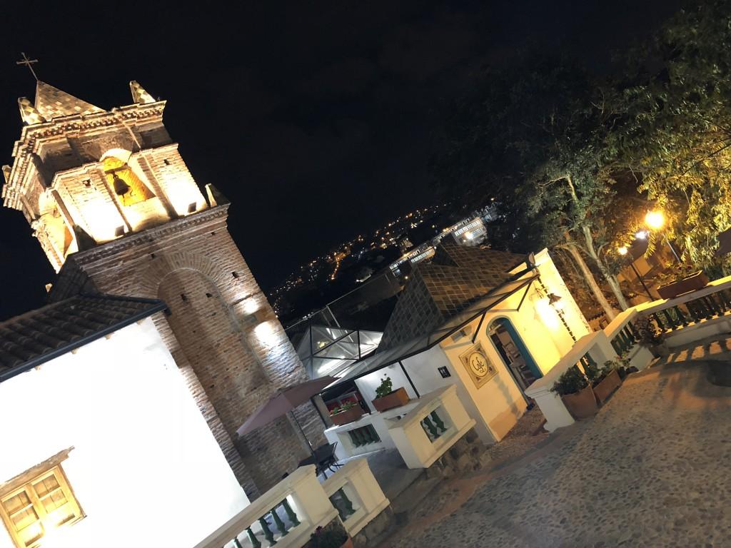 12. Quito - restaurant Los Milagros (2)