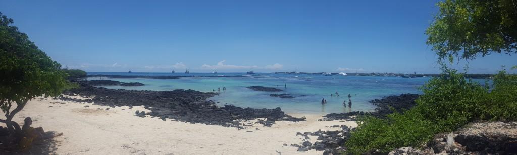 playa puerto ayora