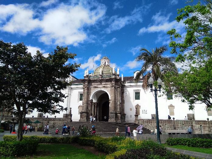 2 Quito