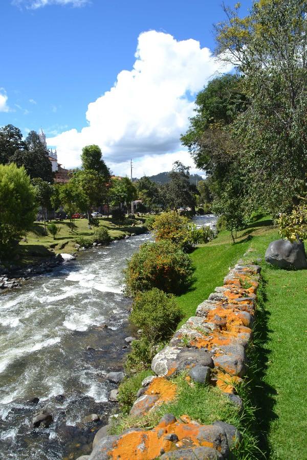 71 Cuenca Tomebamba
