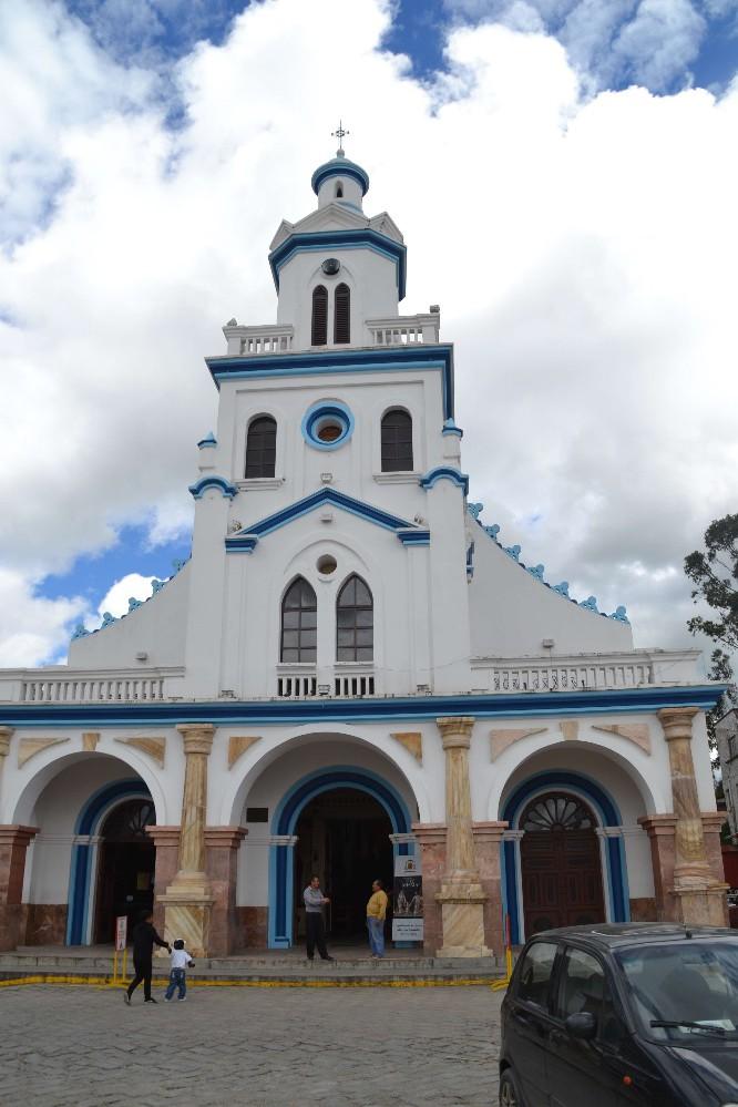 72 Cuenca eglise