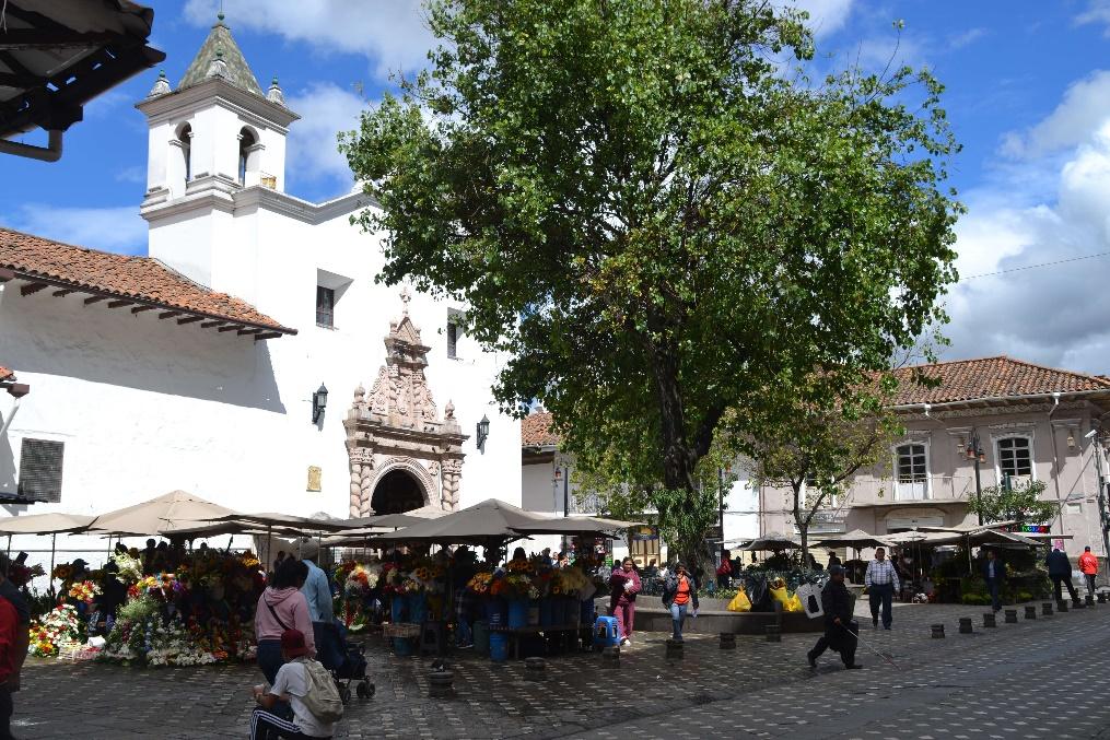 80 Cuenca marché aux fleurs