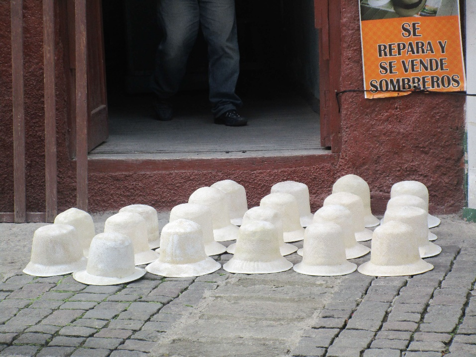 82 Cuenca sombreros
